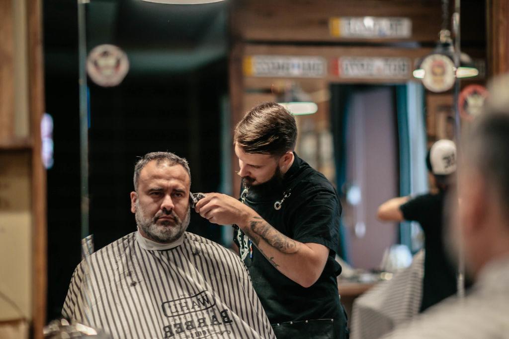 Профессиональная стрижка + стрижка бороды
